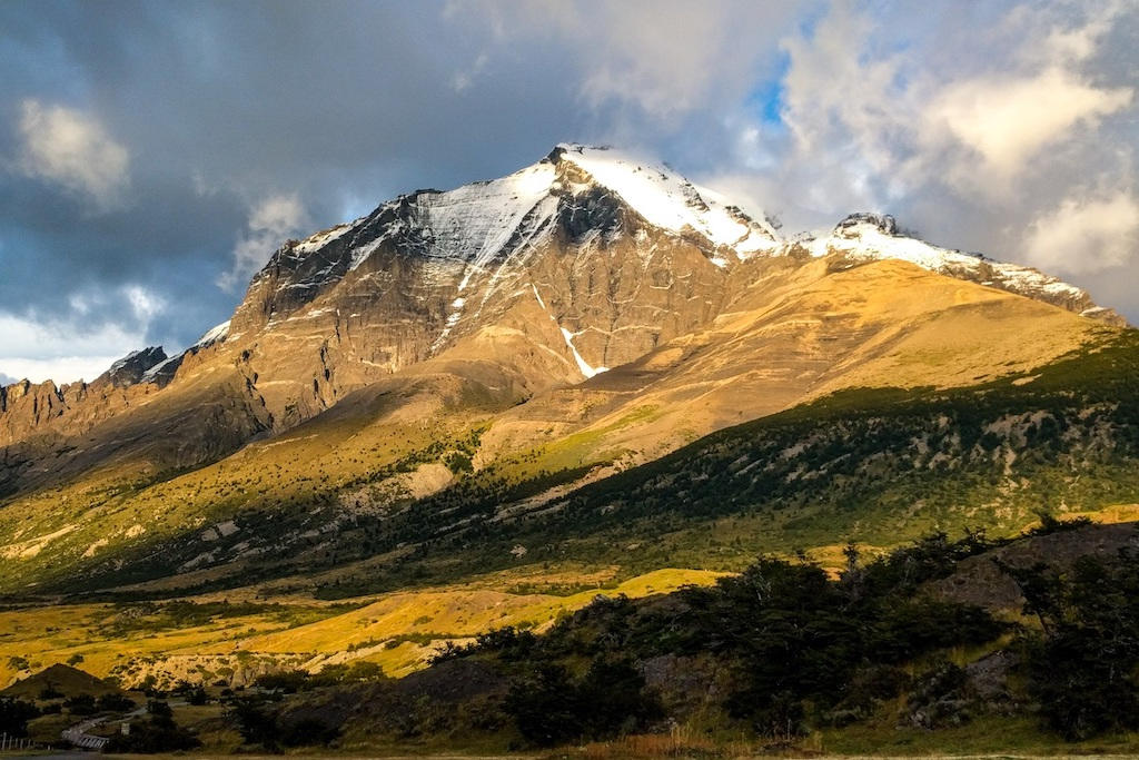 A sunrise view of the snow-capped Mount Almirante Nieto